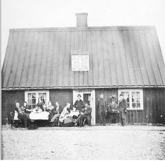 Faktorshúsið around 1867, courtesy of the Westfjord Folk Museum in Ísafjörður